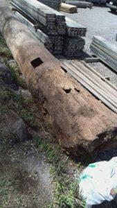 前回2010年の前宮一の柱。土中に埋まっていた部分。